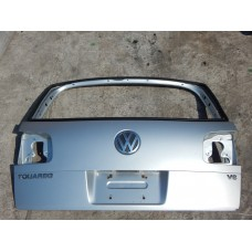 Ляда Volkswagen Touareg 2003-2009 Крышка багажника